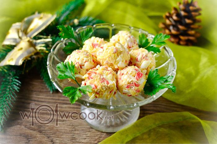 шарики крабовые палочки с сыром и чесноком