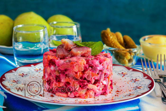 """Салат """"Рассолье"""" с сельдью, классический эстонский рецепт"""