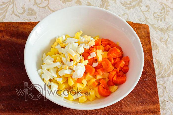яйца и морковь