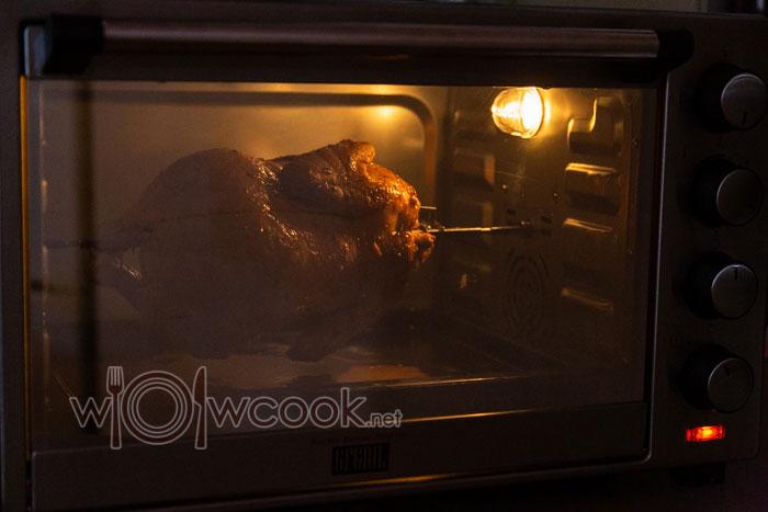 курица на вертеле в духовке