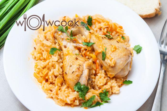 тушеные куриные голени с рисом