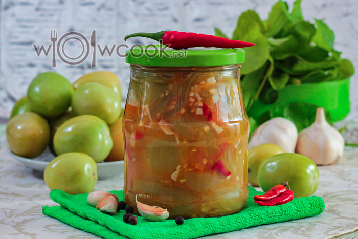 острый салат из помидоров на зиму